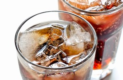 Iced diet cola without sugar in two glasses