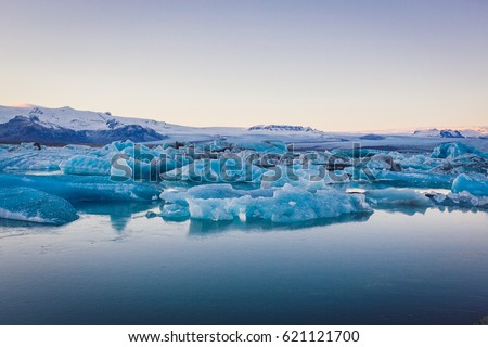 Iceland #621121700
