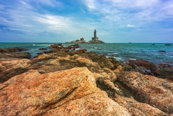 Iconic Monuments in Kanyakumari, Tamil Nadu, Thiruvalluvar Statue is located around hundred meter from the shore and one of vast tourist attraction in South India.
