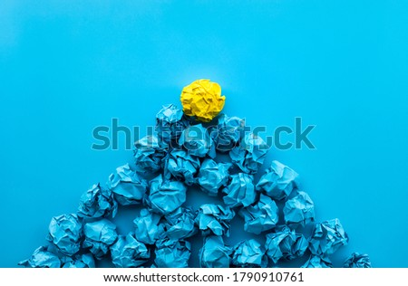 Idea and creativity concepts with paper crumpled ball in mountain shape .Think out of box.Business solution. Foto stock ©