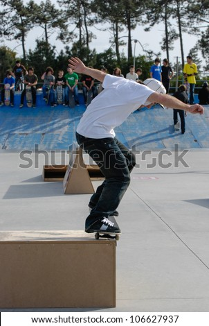 ILHAVO, PORTUGAL - MARCH 16: Unknown skater on a BS nose grind during the Skate Open Ilhavo on March 16, 2008 in Ilhavo, Portugal.