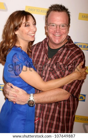 Illeana Douglas and Tom Arnold  at the Launch Party for Ikea's 'Easy To Assemble' Web Series. Architecture and Design Museum, Los Angeles, CA. 09-18-08