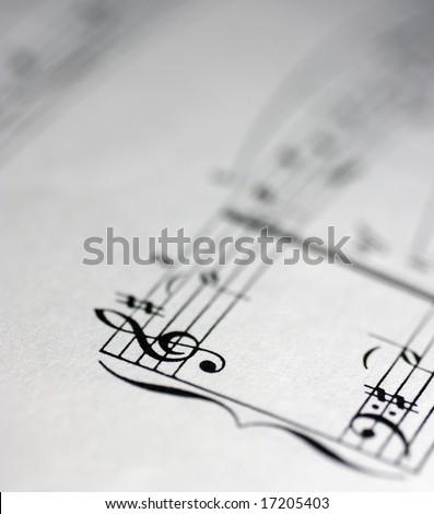 blank sheet music. lank sheet music treble.