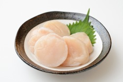Image of scallop adductor muscle sashimi