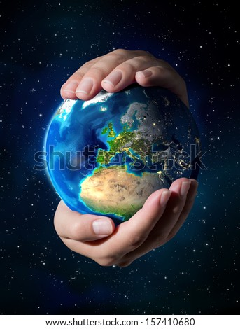 Images NASA - focus on Europe - earth in the hands
