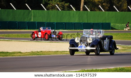 Bentley on Imola  Bo  Italy   September 21  Blue Bentley Darby  1935  And Red