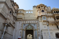 Impressive architecture of the city palace in Udaipur