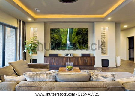 In-Home Theater in Luxury Home #115941925