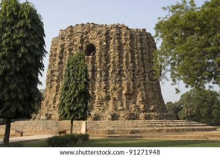 Incomplete Minar structure in Qutub Minar Complex, New Delhi, India, Asia