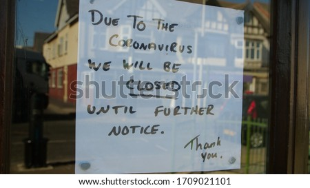 Independent shop closed until further notice in window due to the COVID 19 coronavirus pandemic, bars, cafes, restaurants, clubs all shut cause of this international crisis  Photo stock ©