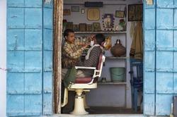 India, Rajasthan, Pushkar, barber shop