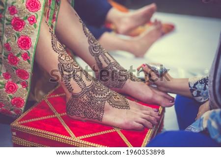 Indian bride's wedding henna mehendi mehndi feet close up Stock photo ©