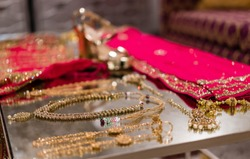 Indian bride wedding jewlery and outfits