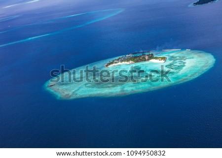 indian ocean deep blue sea sky view #1094950832