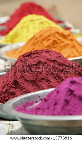 Indian Pigments and Dyes