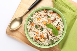 indian veg biryani, veg pulav, Indian vegetable pulav, Biriyani, vegetable Biriyani served in a ceramic bowl