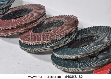 industrial disc sander .. Grinding discs