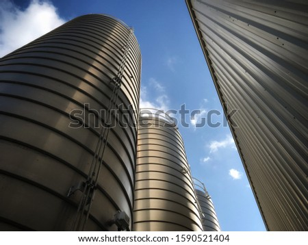 Industrial Silos for molding plant