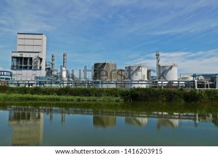industrial tanks in industrial parks