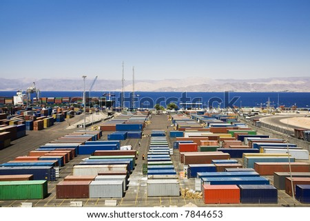 industry and commerce: panoramic view of containters in a harbour