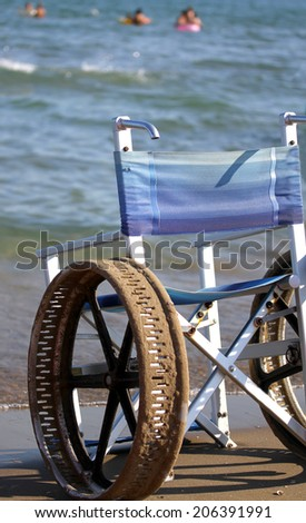 ingenious wheel chair with stainless steel wheels