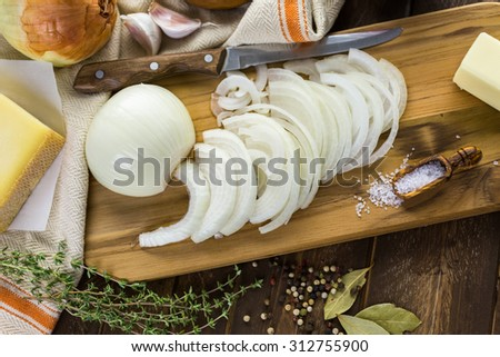 Ingredients for making French onion soup.