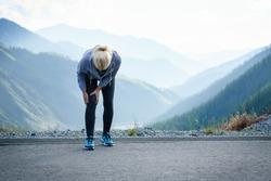 Injuries - sports running knee injury on woman