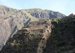 Inka hilltop building at Ollantaytambo
