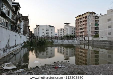 Inner City Wasteland in Bangkok Stockfoto ©