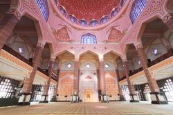 inside the Putra Mosque
