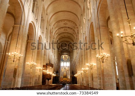 Inside the Saint Sernin cathedral in Toulouse, south France.
