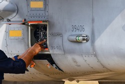 Inspection of fighter aircraft systems