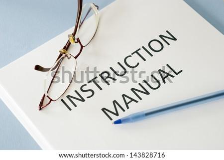 instruction manual  ストックフォト ©