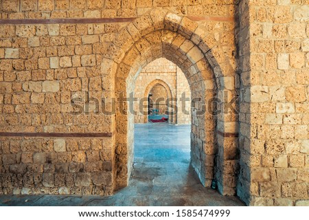 Interior view of the masoned Makkah Gate or Baab Makkah (Bab Makkah), an old city gate at the entrance to the historic town (Al Balad) of Jeddah, Saudi Arabia