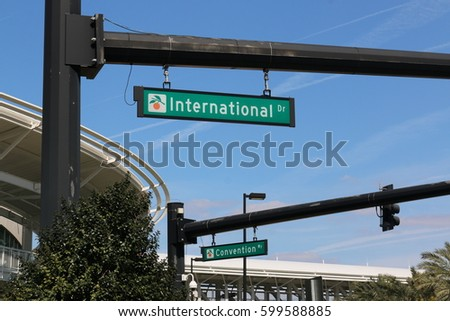 international drive sign