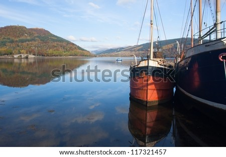 Inveraray harbour scotland