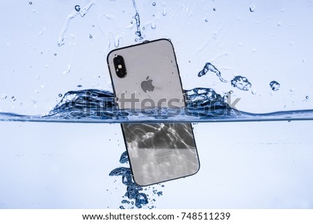 iPhone X in water  2017-11-05 product photoshoot for editorial use