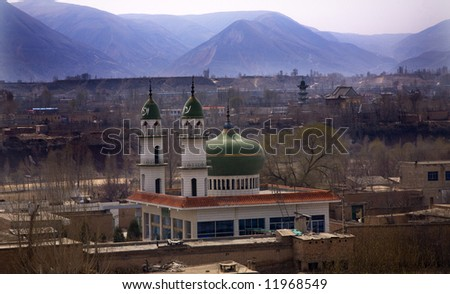 http://image.shutterstock.com/display_pic_with_logo/99103/99103,1209296759,12/stock-photo-islamic-mosques-outside-of-lanzhou-gansu-province-uighur-area-china-11968549.jpg