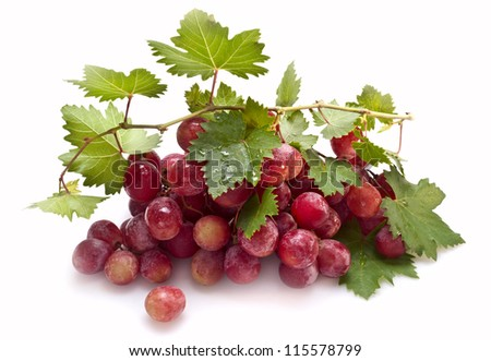 isolated red grape with leaves