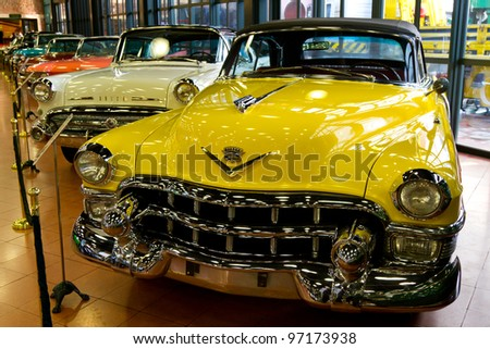 ISTANBUL - FEBRUARY 11: A 1953 Cadillac 62 Series Convertible from The Rahmi M. Koc Museum on February 11, 2012 Istanbul, Turkey. Cadillac 62 Series produced from 1940 to 1964.