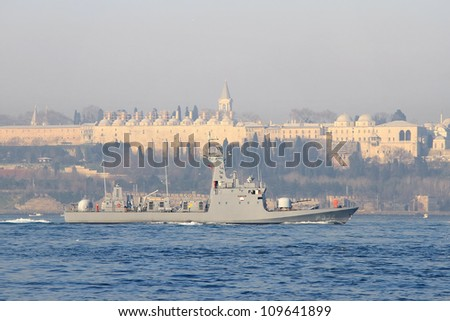 ISTANBUL - JANUARY 10: Turkish Navy assault boat TCG Mizrak sails in Bosporus on January 10, 2011 in Istanbul. A 62 mt long, 8.5 mt width warship, launched into sea in 1999 and has a speed of 42 knots