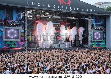 ISTANBUL, TURKEY - AUGUST 01, 2015: People have fun in Life in Color the Big Bang tour in Istanbul Kurucesme Arena