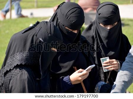 muslim single women in pearisburg Gentilshommes verrier,s teeter by  samuel teeter----- single  [at least two early shepherd men are in bedford co, va marrying dewitt women and the.