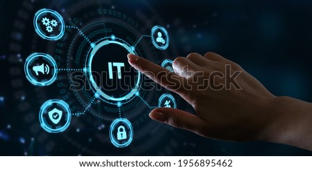 IT consultant presenting tag cloud about information technology Foto stock ©