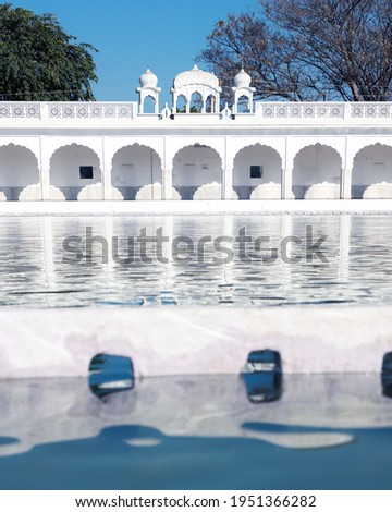 It is the location where two youngest sons of Guru Gobind Singh Ji 7 year old Fateh Singh and 9 year old Zorawar Singh were asked to convert to Islam and when they refused they were buried alive.
