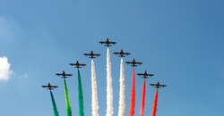 Italian aerobatic planes ,military air force.