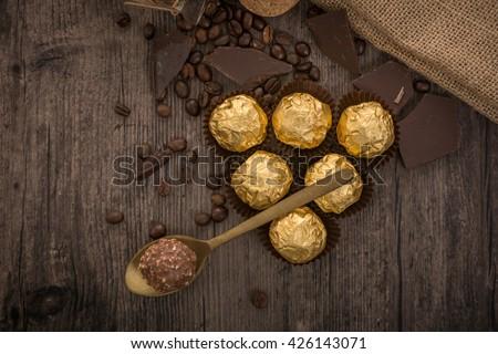 Italian chocolate sweets Ferrero Rocher with decoration Photo stock ©