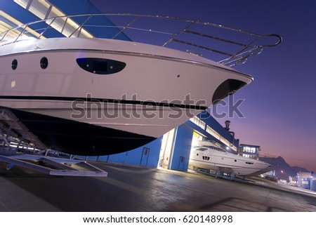 italian luxury yachts