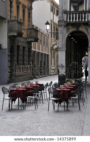 Italian outdoor cafe on a main street of Padova