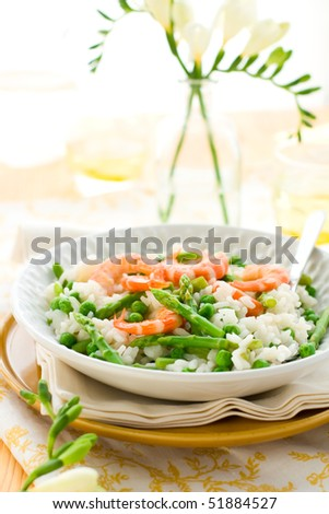 italian risotto with asparagus, shrimp and green pea